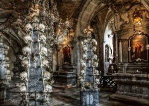 Colunas de crânios, capela de Sedlec